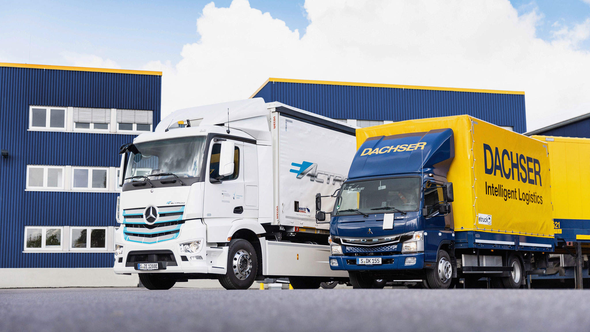 Field tests of electric trucks: The eActros and the eCanter