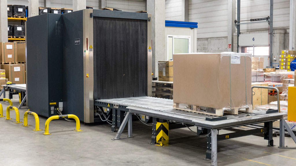Using X-ray scanners and explosives detectors guarantees efficiency, safety, and security when processing customers' air freight.